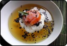 Szybka zupa z zielonej herbaty, łososia, ryżu...