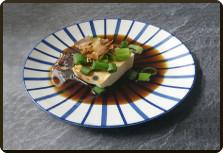 Przepis na Tofu ze sczypiorkiem i katsuobushi
